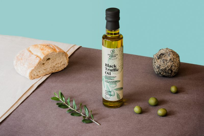 black truffle oil by delicious & sons