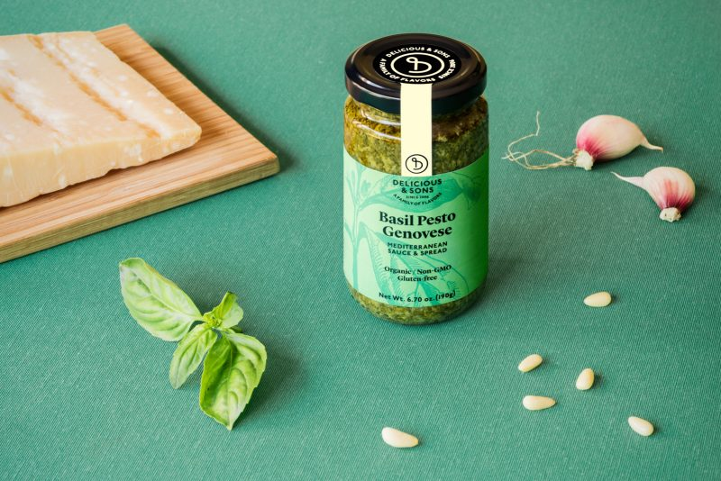 basil pesto genovese by delicious & sons