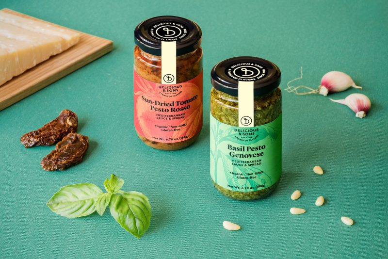 organic pesto sauce by delicious & sons