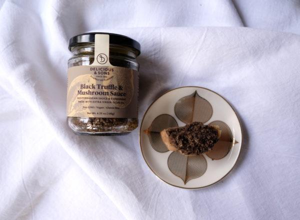 black-truffle-canapé