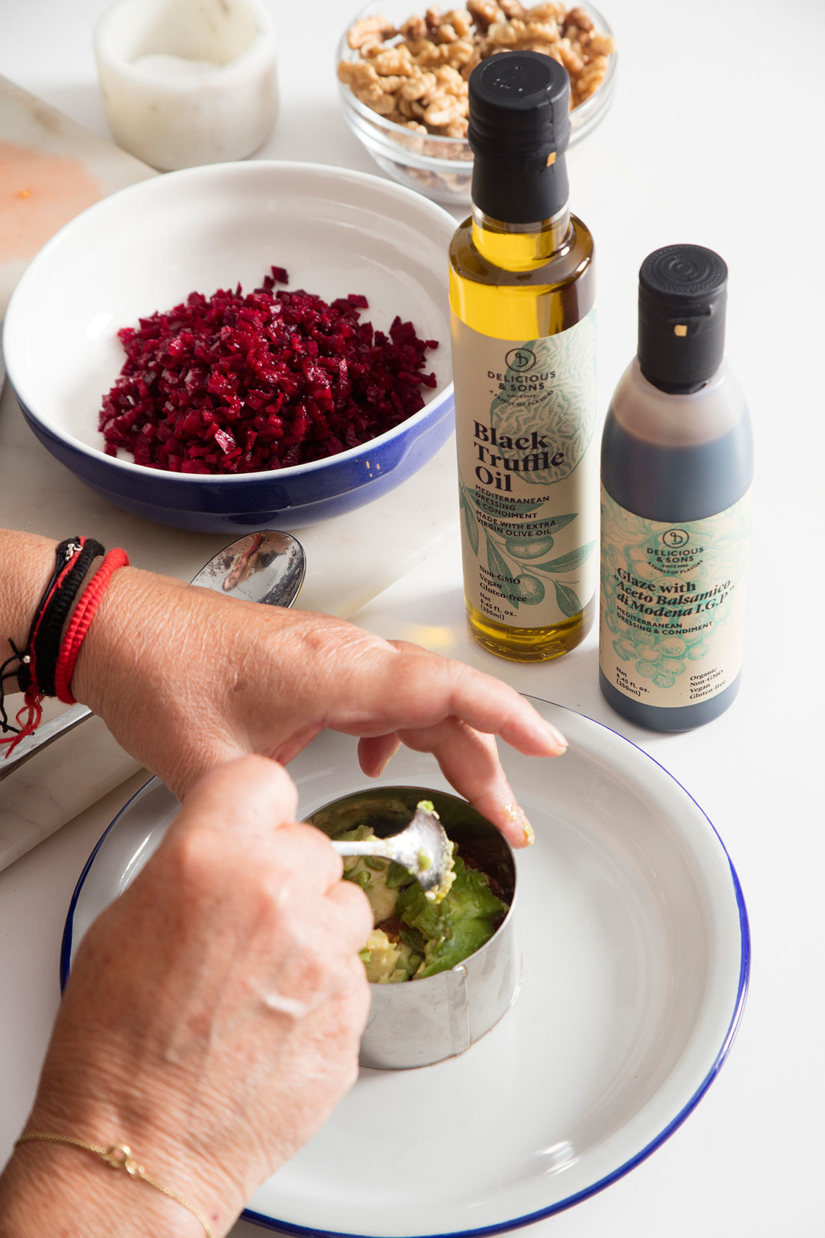 Avocado & Beet Tartare with Truffle Oil by Anna Alós — Delicious & Sons