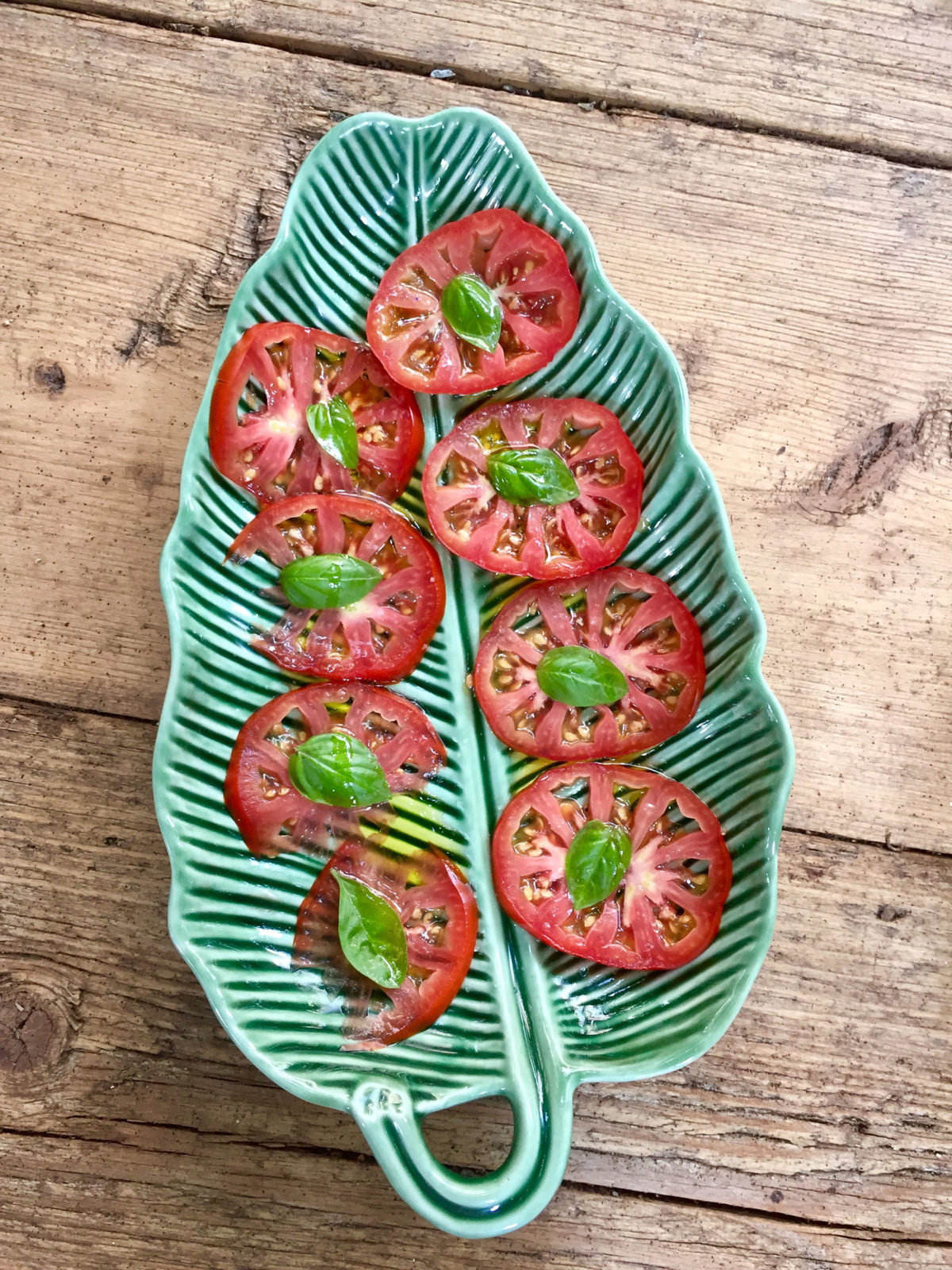 Tomato salad with Truffle Oil by Mónica Navarro — Delicious & Sons