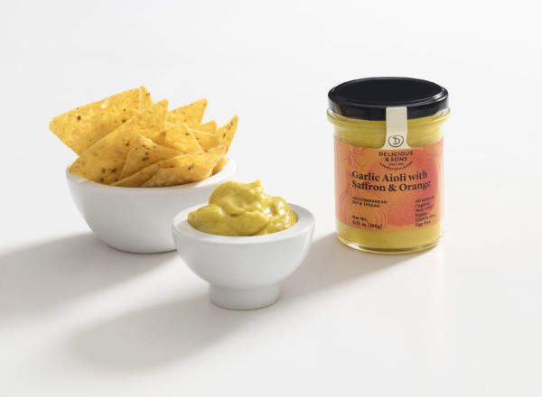 Dip-Aioli-Saffron-Orange-Tortilla-Chips