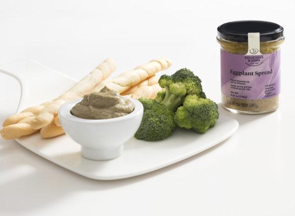 Eggplant-Dip-Crudité-Breadsticks-Monica-Navarro