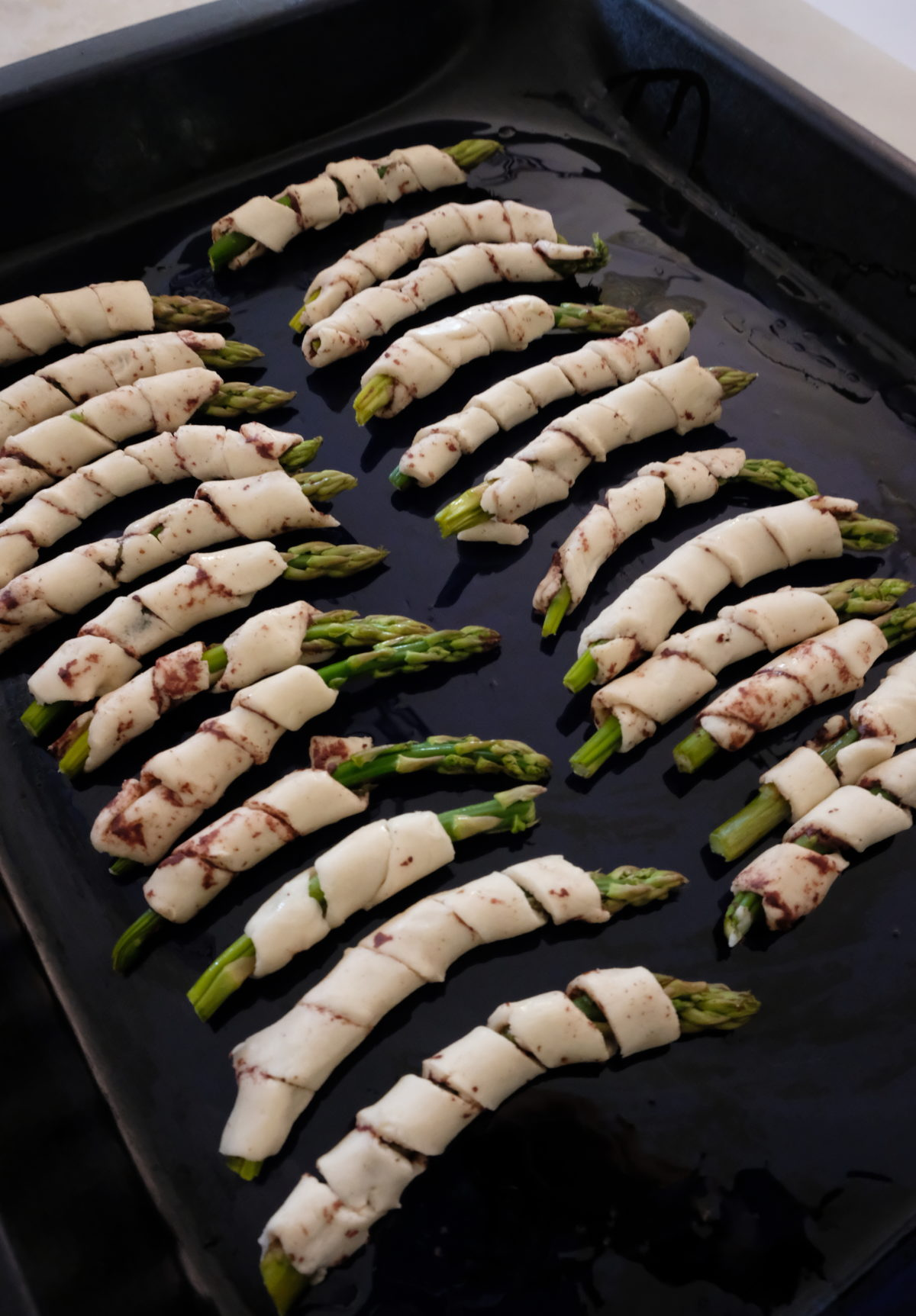 Asparagus in Puff Pastry with Spicy Olive Tapenade by Olivia Mandle — Delicious & Sons