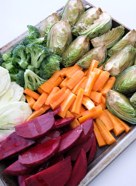 Oven-roasted-vegetables-pesto-rosso-aioli